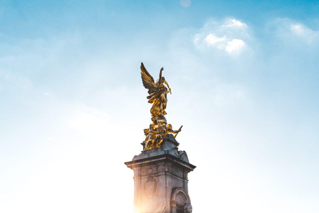 Dancing King Victoria Memorial